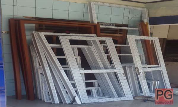 Pintu Aluminium Gombong